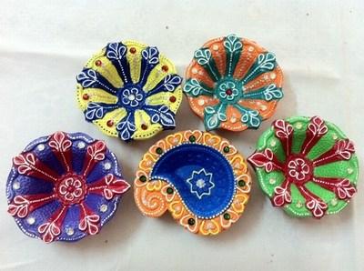 Diwali Decorating Diyas